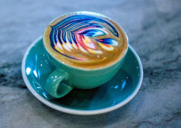 Latte Arte...¡con colores!