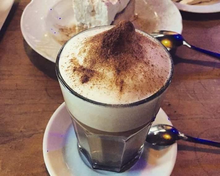 Ecléctico Café, espacio gastro-cultural en Tenerife
