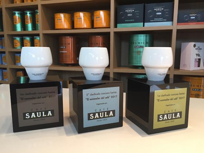 Albert Gómez, Uxué Fernández i Mireia Girbau, guanyadors del I Concurs 'El Sommelier del Cafè'