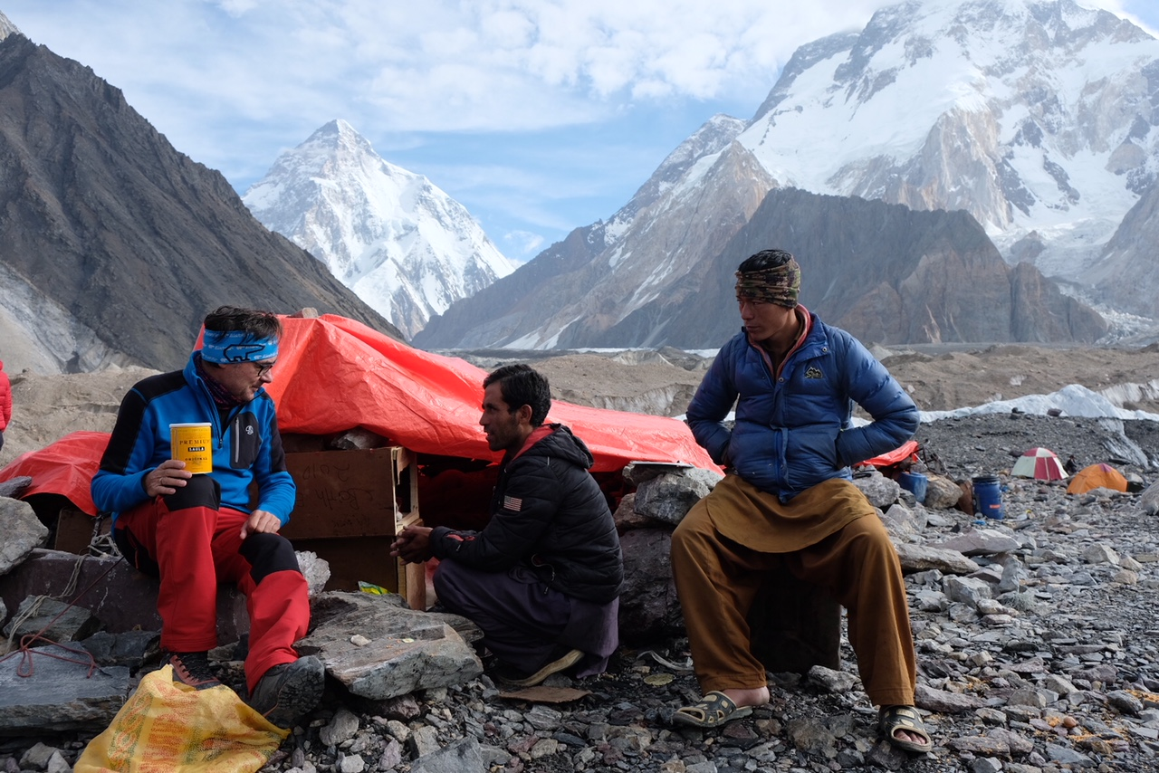 Café Saula arriba fins el Karakorum