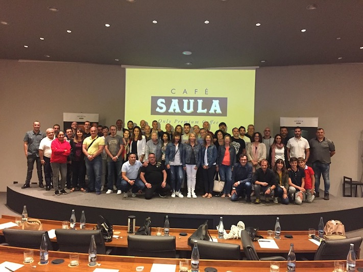 El equipo de Café Saula se reúne para pensar en el futuro de la empresa